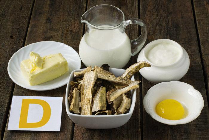 Diversos alimentos ricos em cálcio em cima da mesa | Alimentos ricos em cálcio