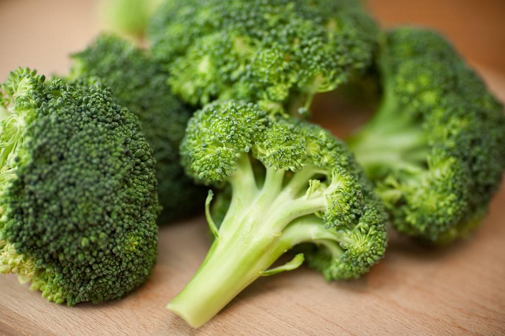 Brócolis é fonte de luteína e ômega 3