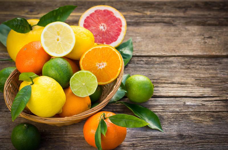 Frutas Cítricas: Vitamina C